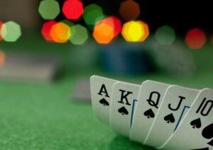 Juega en Linea - Aprende sobre el póker y juega en vivo 2