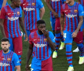 Juega en Linea - ¿Cuánto más podrá resistir el Barcelona?
